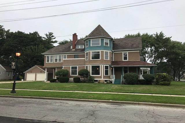 102 View Aurora, IL