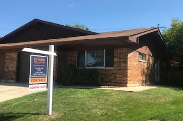 111 Virginia Streamwood, IL