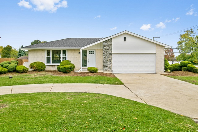 15059 Meadow Orland Park, IL
