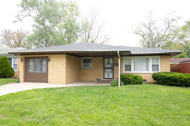 1629 Ingrid Chicago Heights, IL