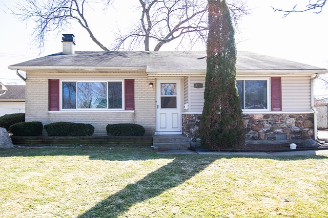 167 Lincoln Glendale Heights, IL