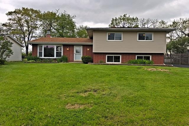 1710 Hazelwood Lindenhurst, IL