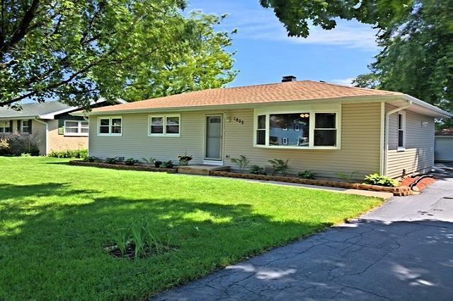 1805 Farifield Lindenhurst, IL