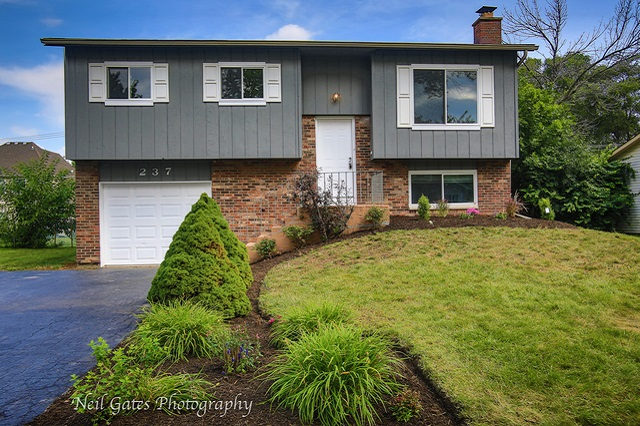 237 Meadowbrook Bolingbrook, IL