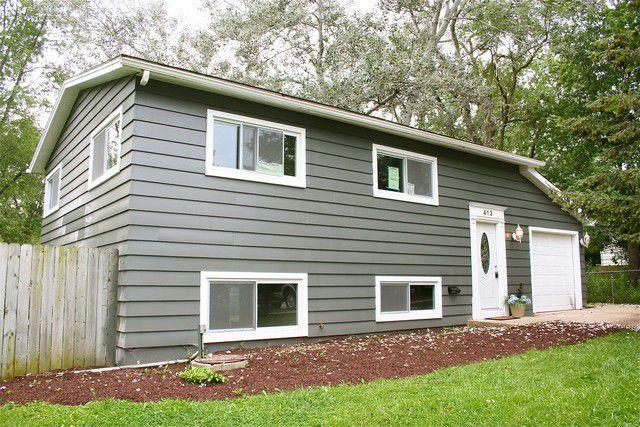 413 Walnut Streamwood, IL