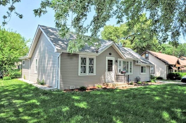 2938 Sandra Lyden Township, IL