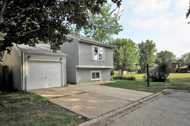 30W151 Maplewood Warrenville, IL