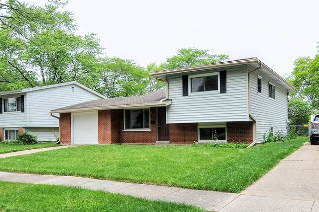 516 Chase Park Forest, IL