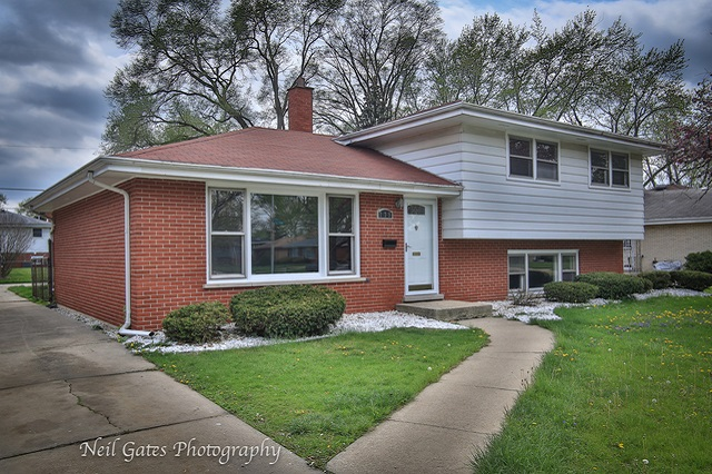 739 168th South Holland, IL