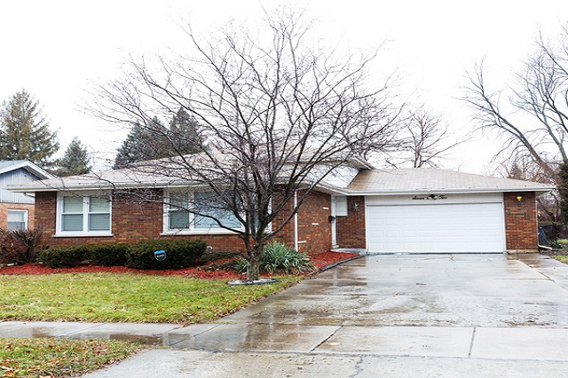 762 158th South Holland, IL