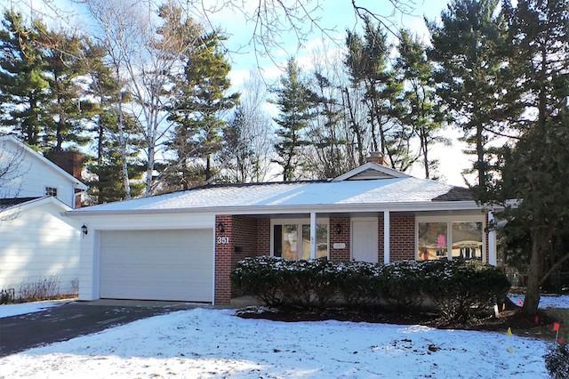 351 Maplewood Crystal Lake, IL