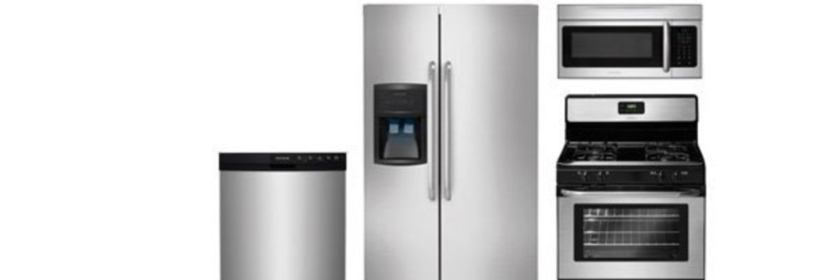 <strong>SKU 6300</strong>: Package includes refrigerator, range, micro-hood, and dishwasher. We highly recommend a counter-depth refrigerator as they fit the space better and have a built-in look.